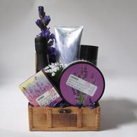 Sip and Soak Pamper Gift Basket